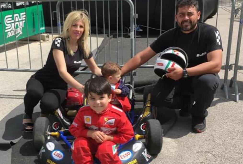 La famiglia Iavarone con papà Mattia e S