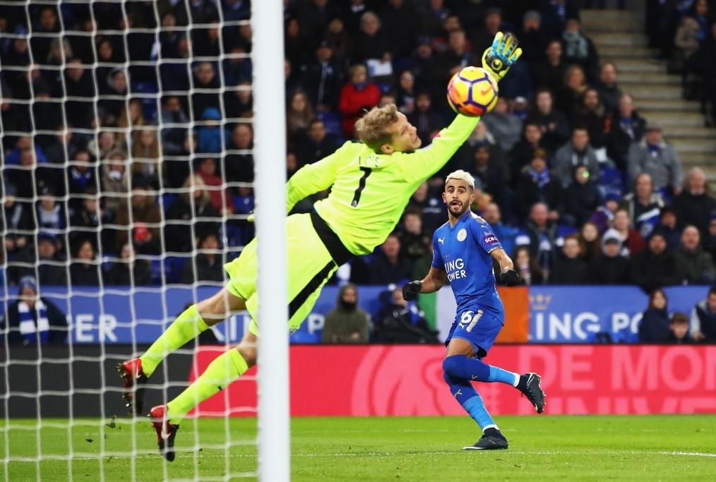 Leicester City v Huddersfield Town - Pre