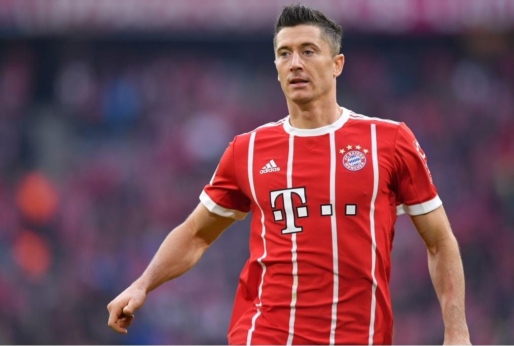 Seconda Maglia FC Bayern München Robert Lewandowski