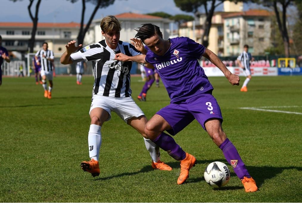 Juventus U19 v ACF Fiorentina U19 - Viar