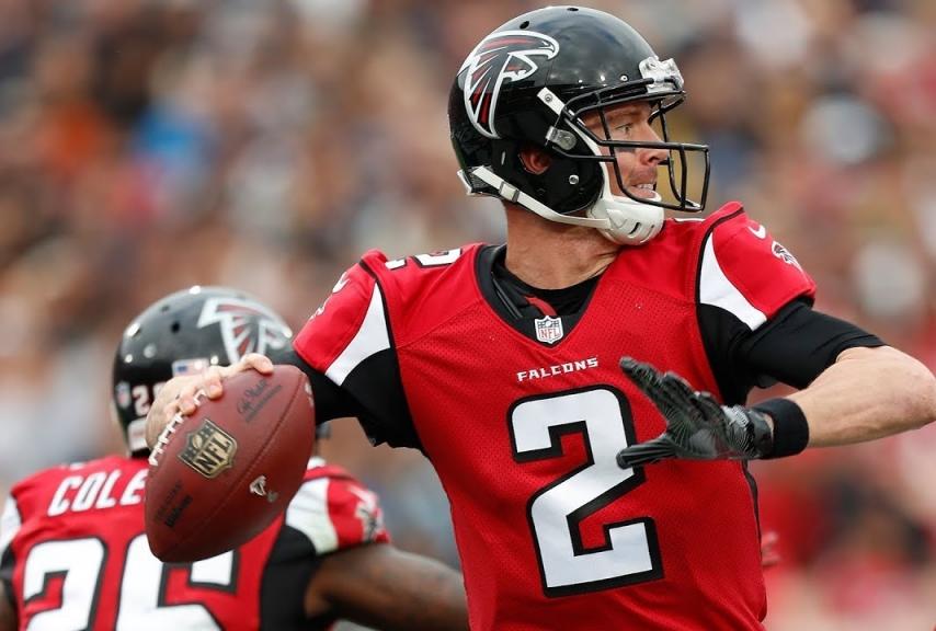 Matt Ryan in azione con i Falcons