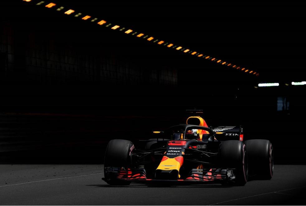 Ricciardo in pole a Montecarlo 2018