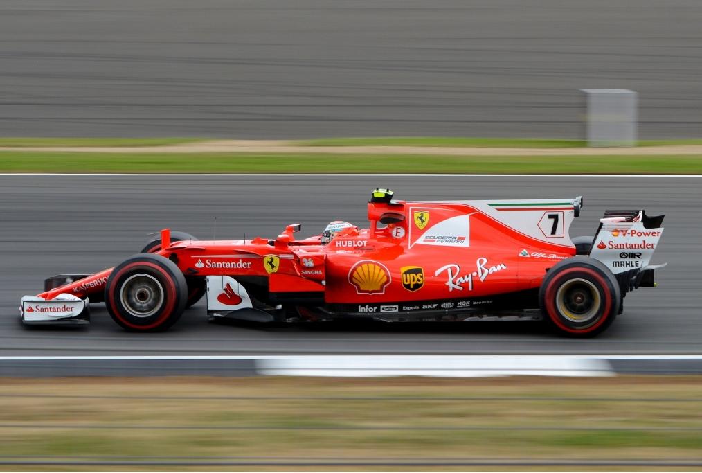 Immagine di una Ferrari di F1 impegnata