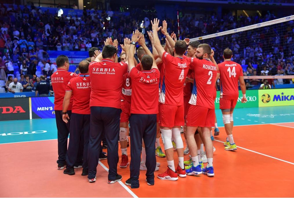la serbia celebra la vittoria