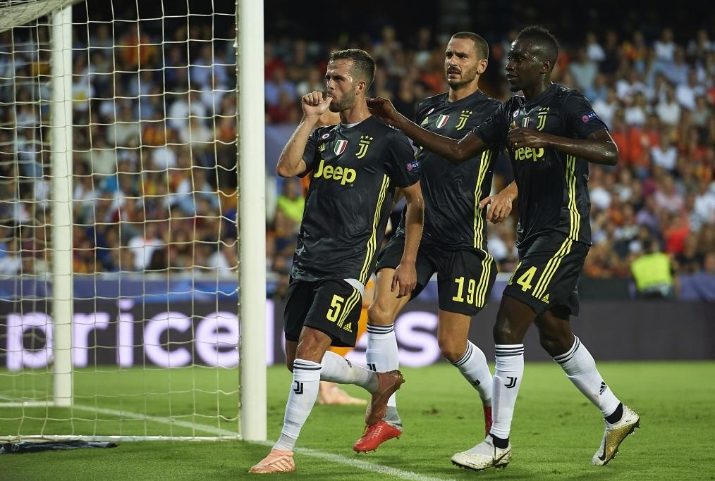 Valencia v Juventus - UEFA Champions Lea