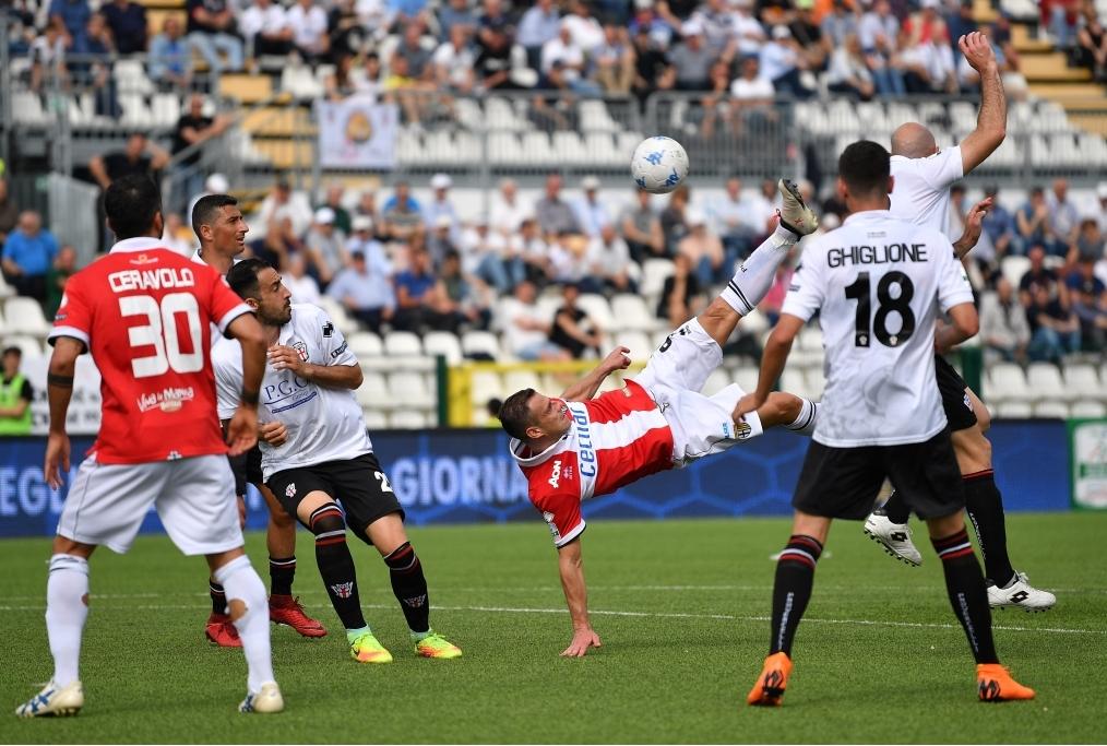 Pro Vercelli FC v Parma Calcio - Serie B