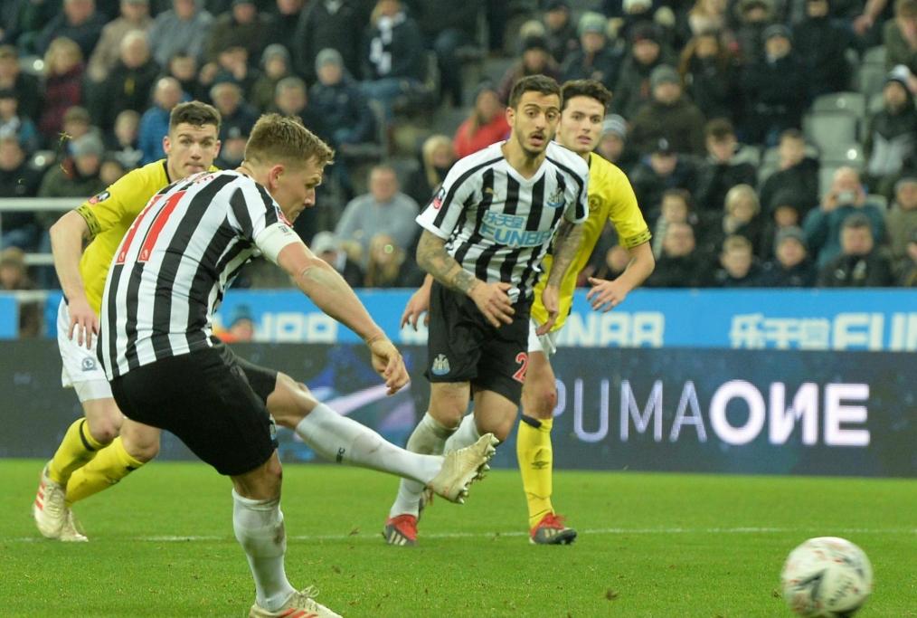 Ritchie penalty Fa cup vs Blackburn