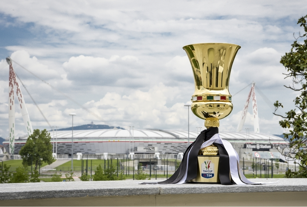 The Tim Cup Trophy Reaches Juventus Head