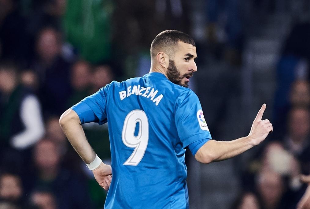 Benzema sblocca Ajax - Real Madrid