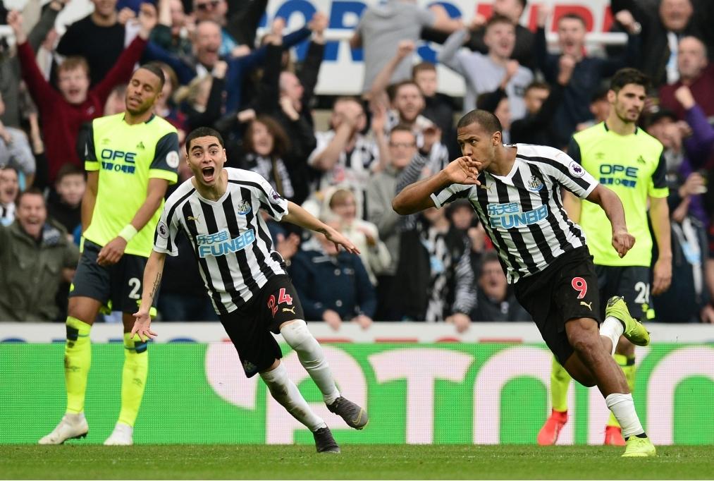 Newcastle United v Huddersfield Town - P