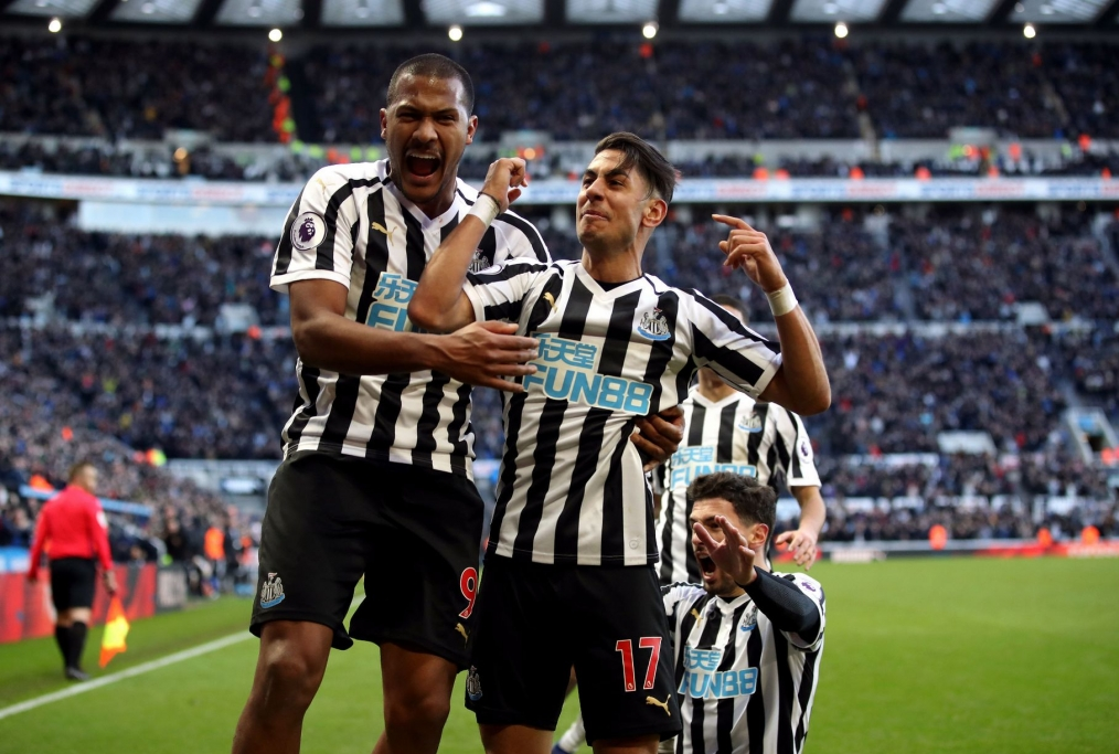 Newcastle everton Perez dopo il gol