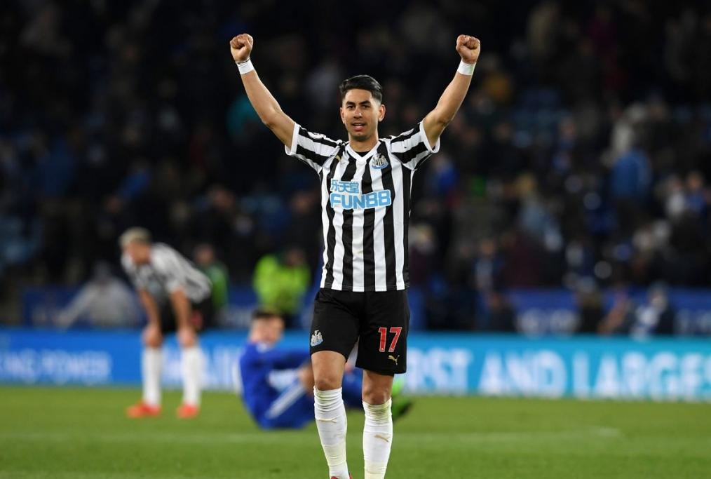 Ayoze Perez esulta per il gol