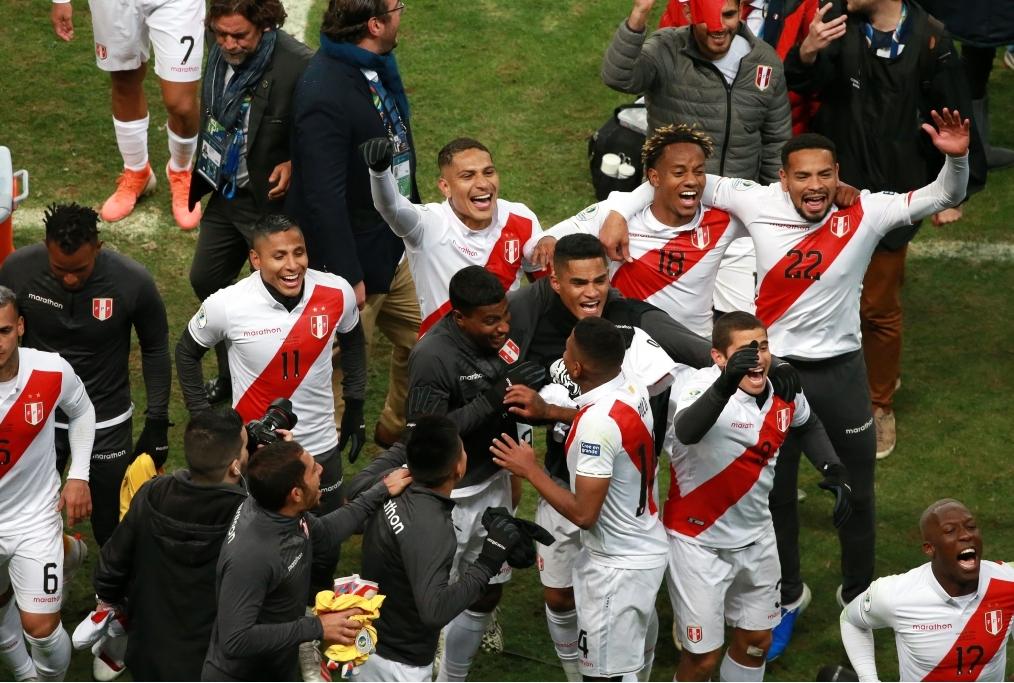 Chile v Peru Semi Final - Copa America B