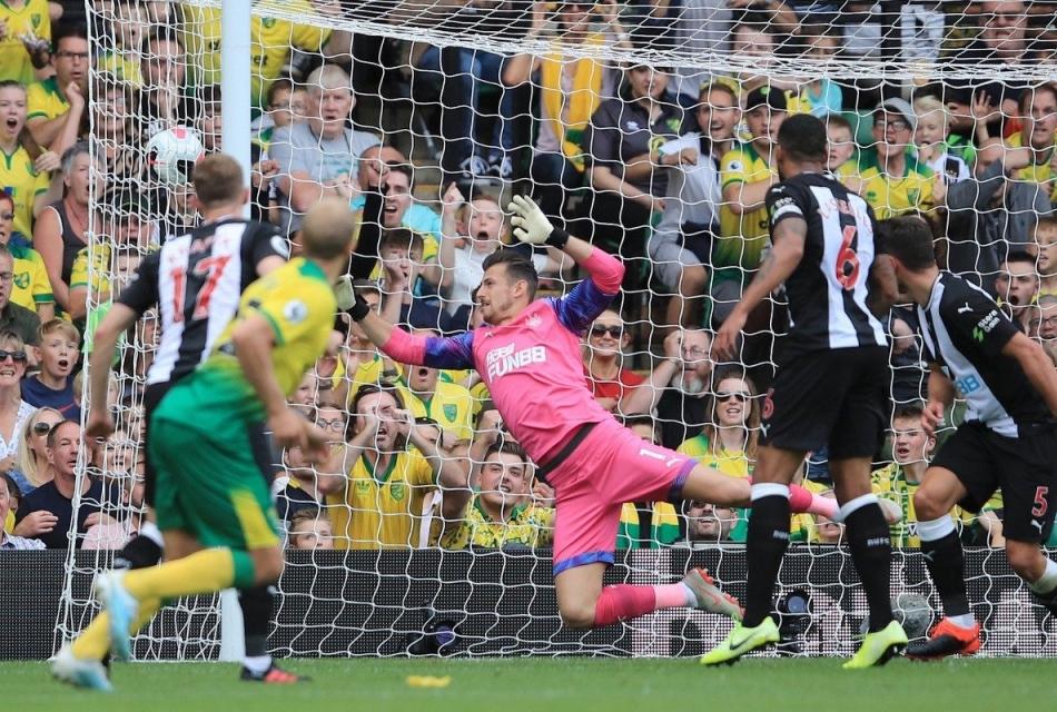 Pukki porta in vantaggio il Norwich