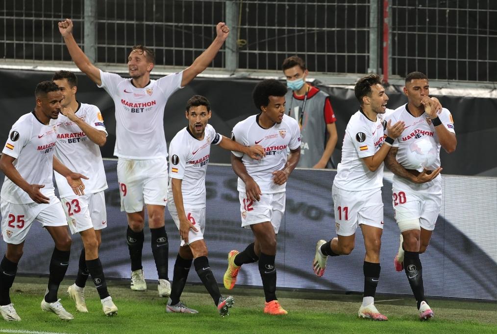 Seville v FC Internazionale - UEFA Europ